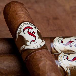 Casa Fernandez Miami Cigar closeup