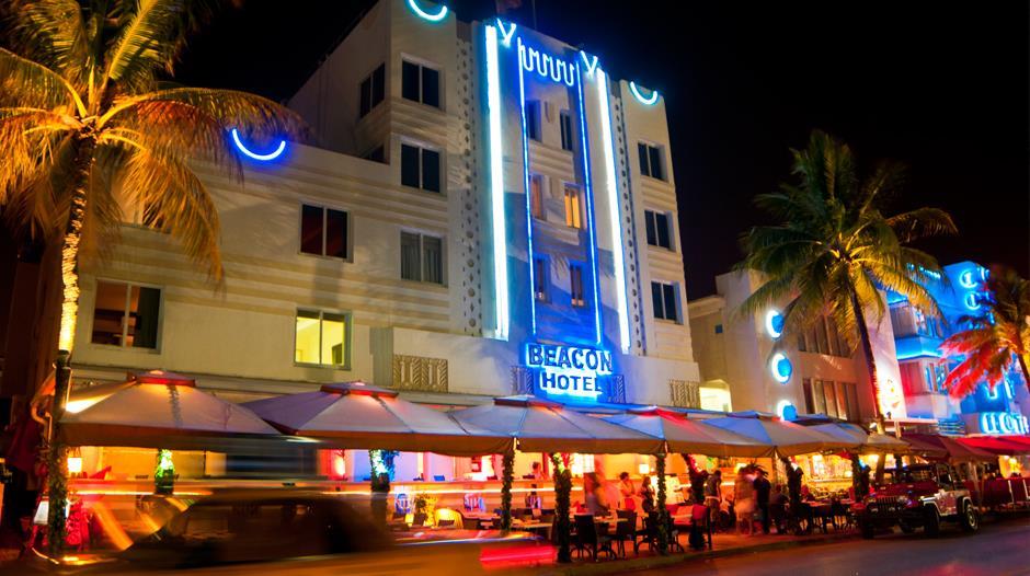 Beacon Hotel in South Beach exterior