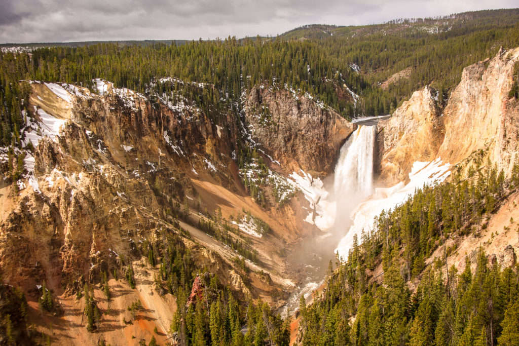 yellowstone summer escapes
