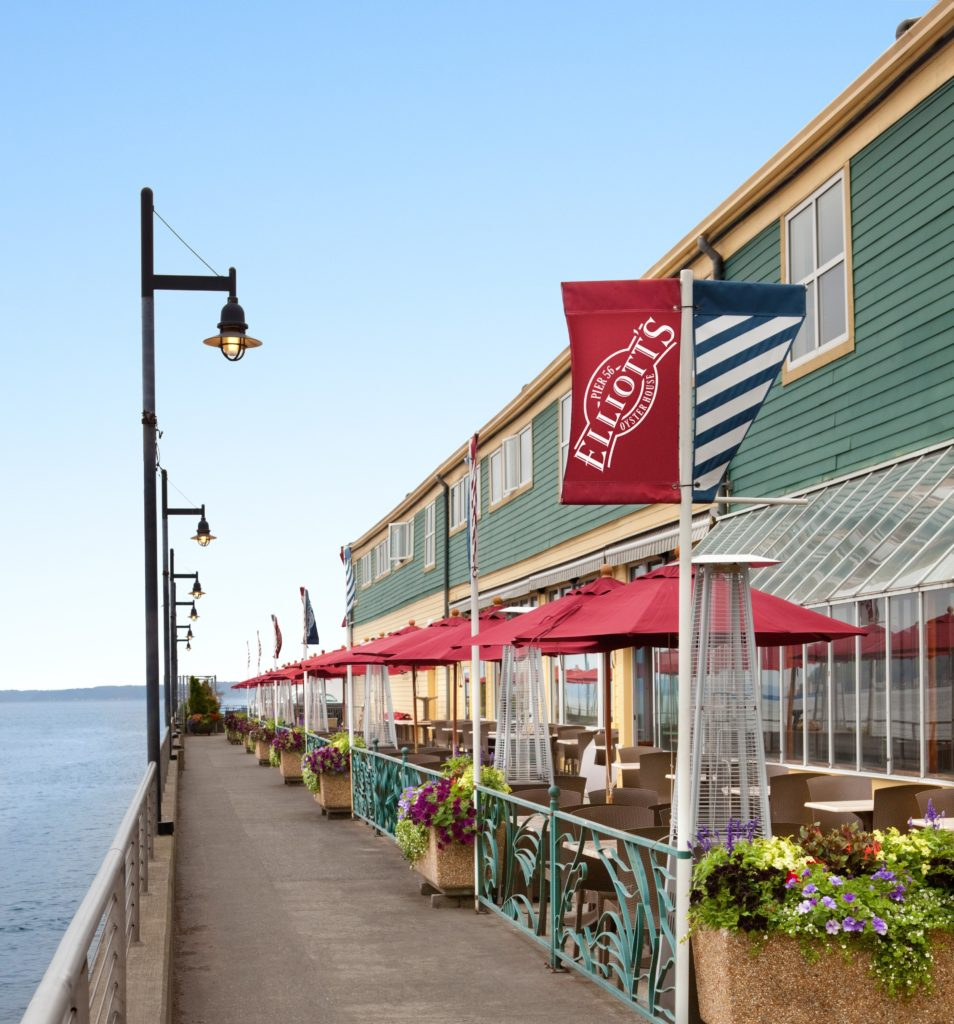 Exterior of Elliott's Oyster House in Seattle