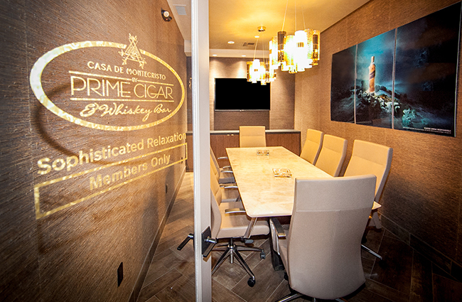 Casa de Montecristo by Prime Cigar & Whiskey Bar table
