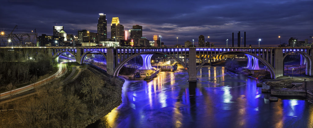 Minneapolis skyline and river