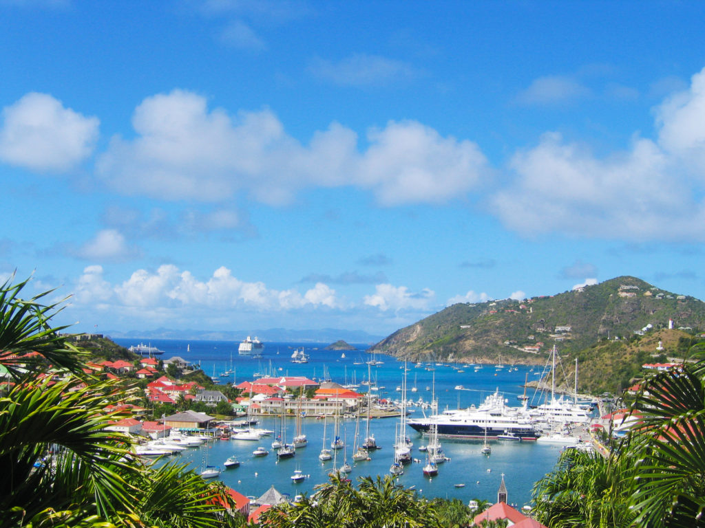 overview of st barts and the ocean