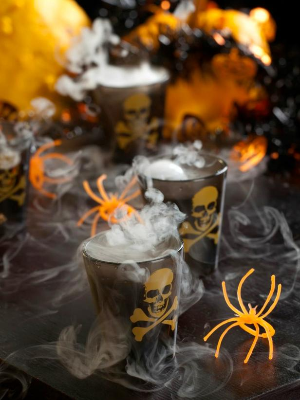 halloween cocktails smoking skulls shot
