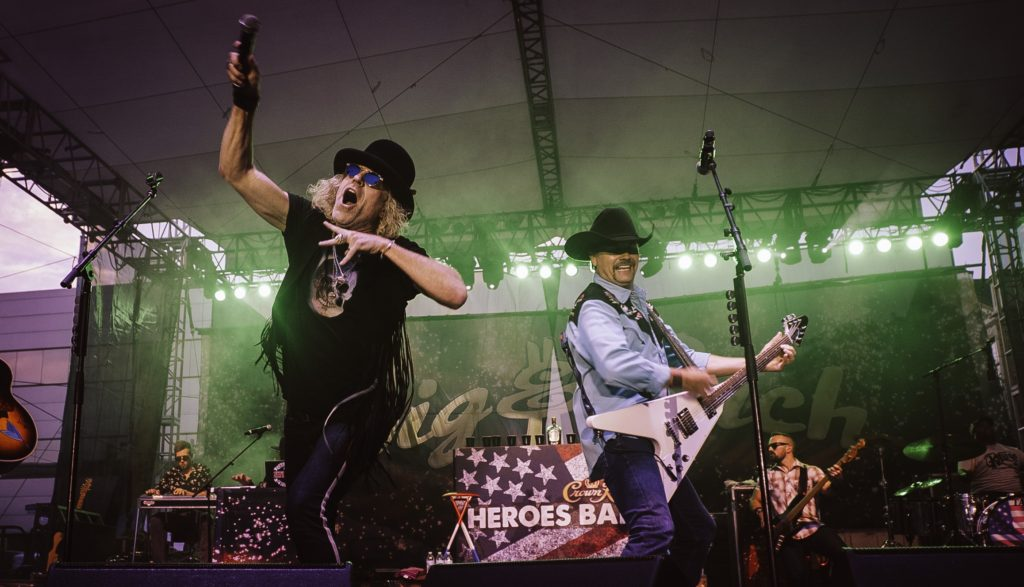 Big and rich on stage