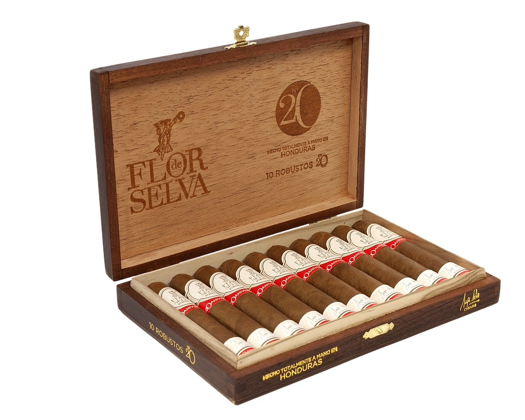 maya selva in our humidor
