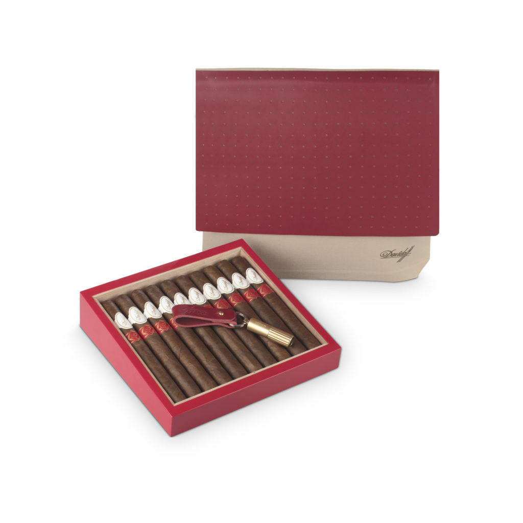 holiday travel humidor davidoff