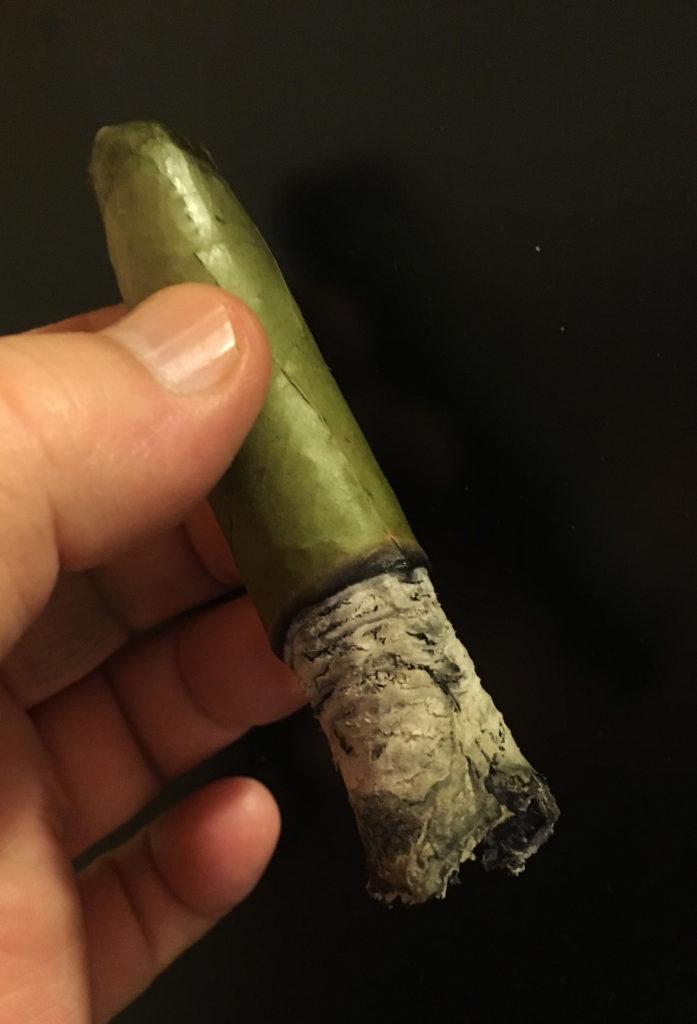 Candela cigars Camacho_halfway