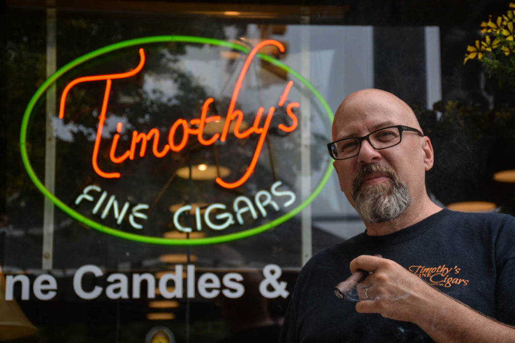 where to smoke michigan Lounge Timothy's (1)