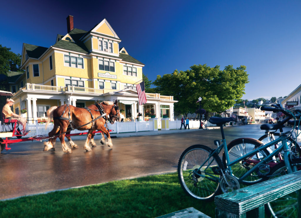 Michigan what to do Mackinac Island Carriage