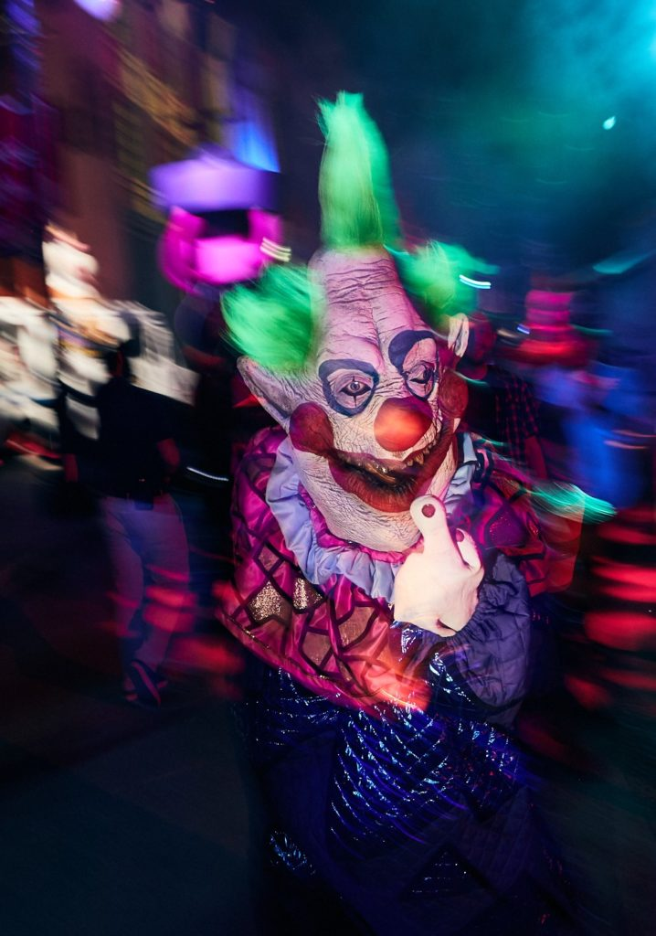 halloween horror nights killer klowns