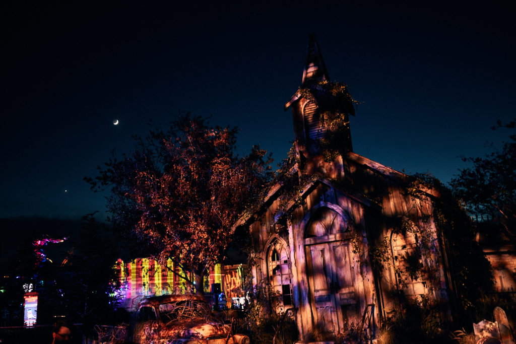 Twisted Tradition Scare Zone halloween horror nights