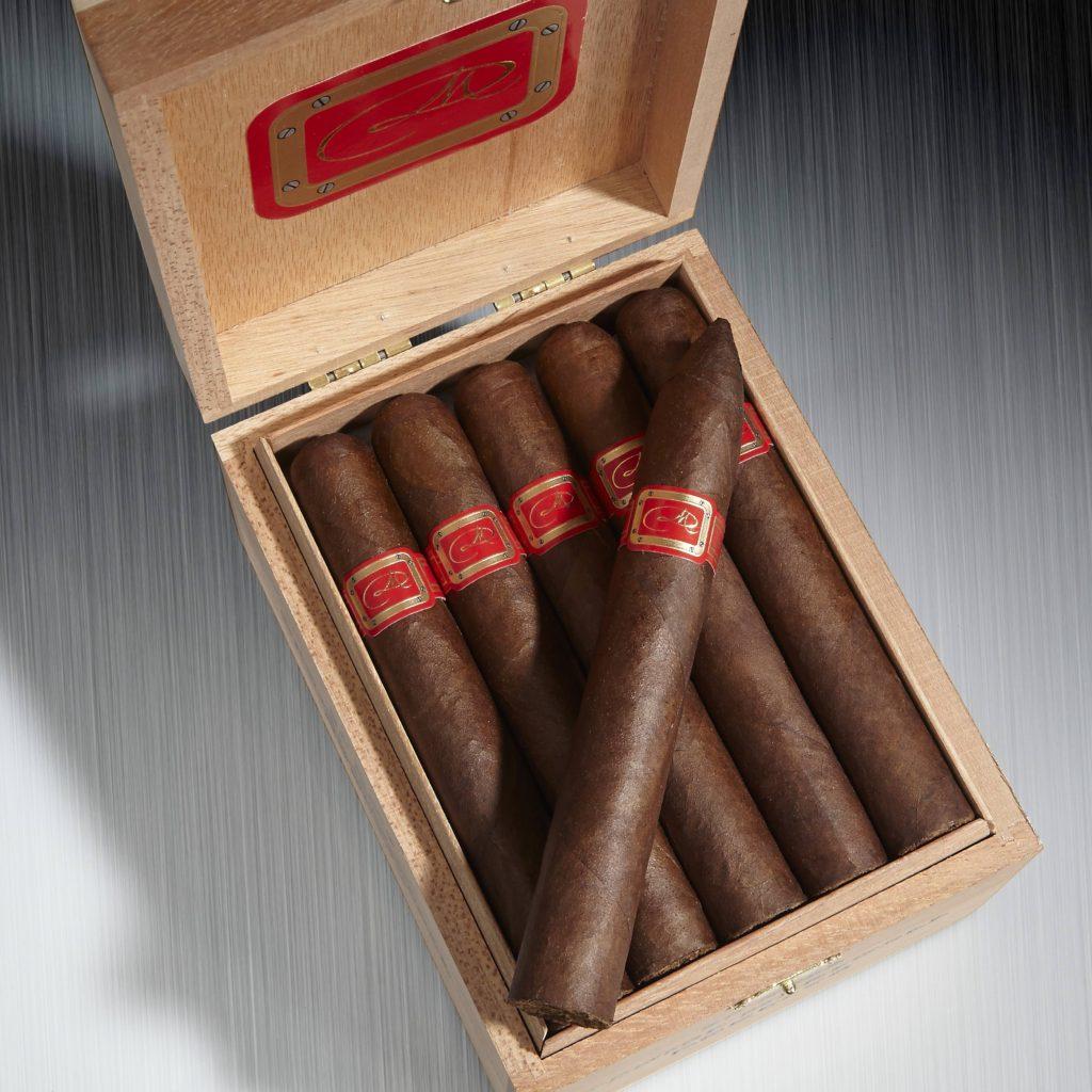 cigar news Daniel Marshall Red Label Robusto in Box