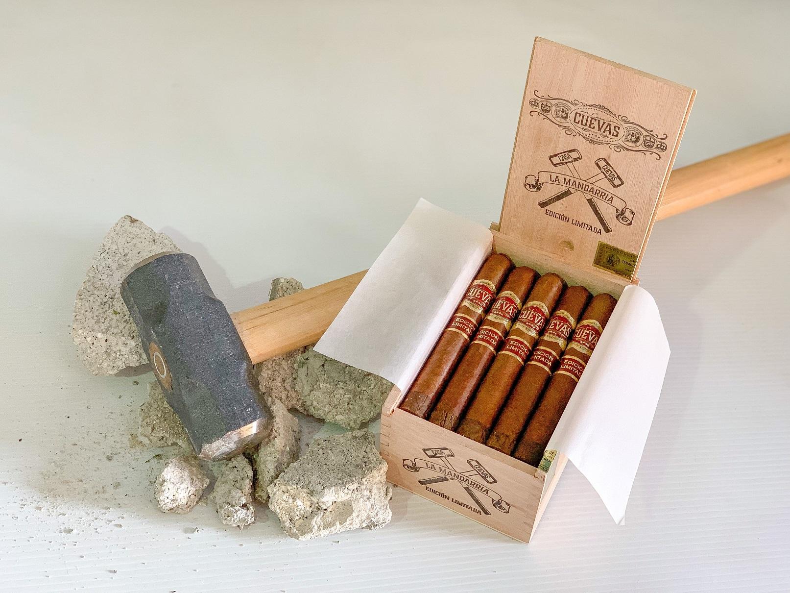 """""""LA MANDARRIA"""" Casa Cuevas Cigars"""