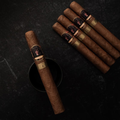 Alec & Bradley and CigarClub.com Team Up for Pinkies Out