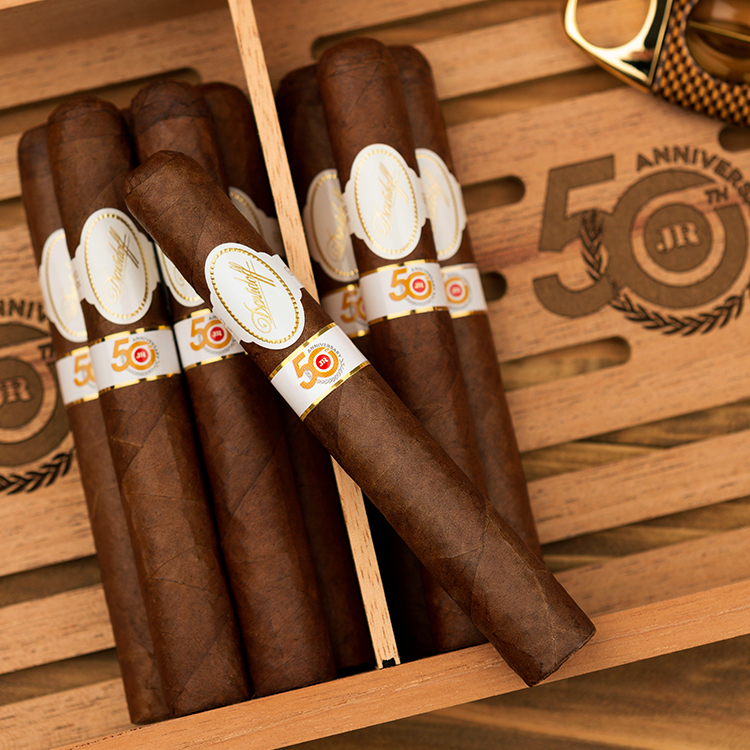 JR Cigar to Release Davidoff JR 50th